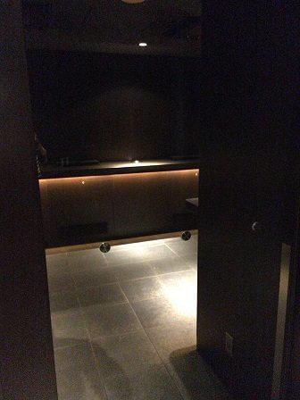 羽田空港ダイヤモンドプレミアラウンジの喫煙室