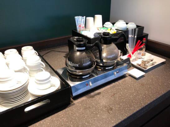 羽田空港ダイヤモンドプレミアラウンジのホットコーヒー