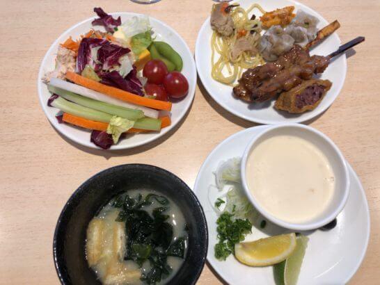 デルタ スカイクラブラウンジの食事 (2)