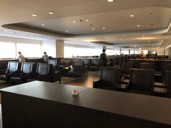 羽田空港国内線サクララウンジ(北ウイング)の室内