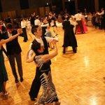 ドレスアップナイト-はじめての舞踏会-のダンス