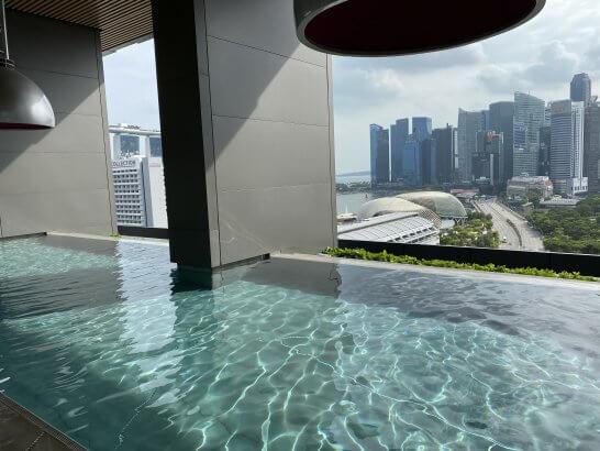 JWマリオット シンガポールのインフィニティプール