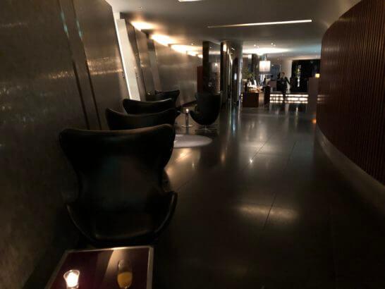 六本木ヒルズクラブのの廊下 (2)