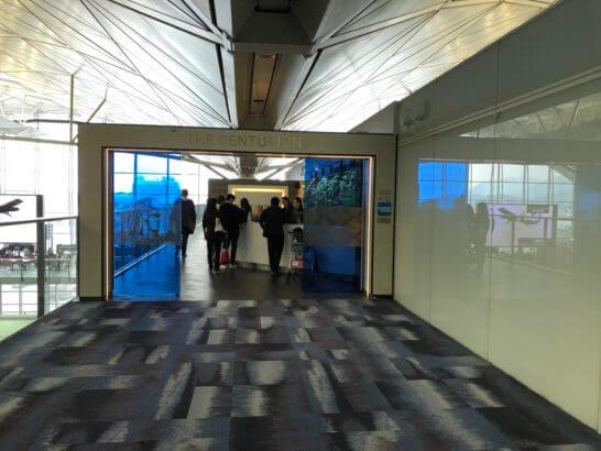 香港国際空港のアメックスのセンチュリオンラウンジ
