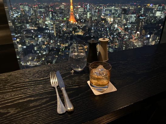 竹鶴21年と六本木ヒルズクラブの夜景