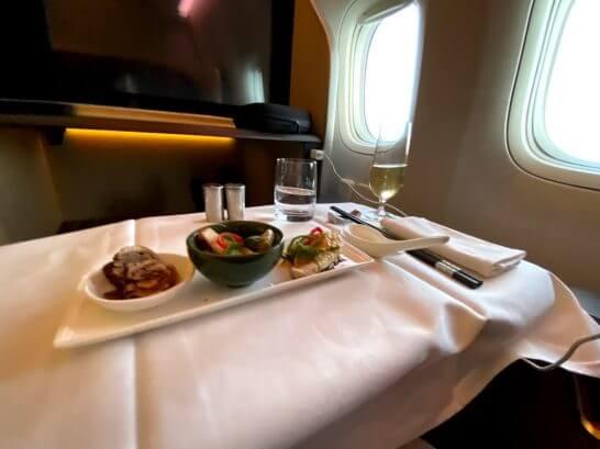 シンガポール航空のファーストクラス (昼食)