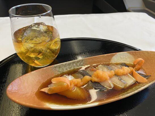 ANAファーストクラスの響21年と魚料理
