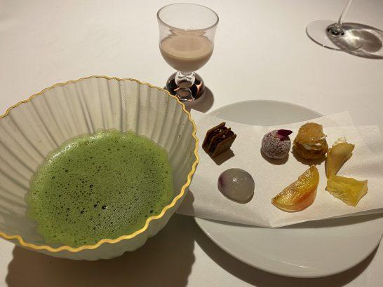 レフェルヴェソンスの抹茶とお茶菓子
