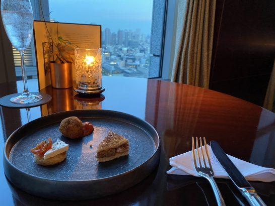 シャングリ・ラ ホテル 東京でのラグジュアリーラウンジアワー (1)