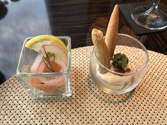 リッツカールトン東京のクラブラウンジの朝食のスモークサーモン・豆腐とクリームチーズ