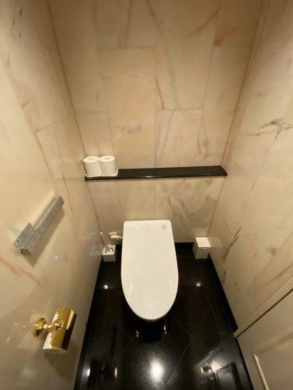 ウェスティンホテル大阪のエグゼクティブクラブラウンジの個室トイレ