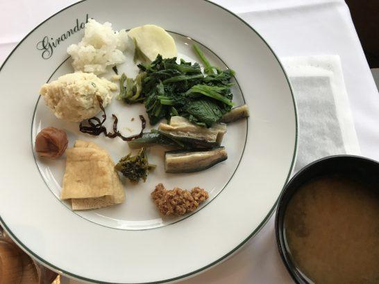 パークハイアット東京の朝食の和食・味噌汁