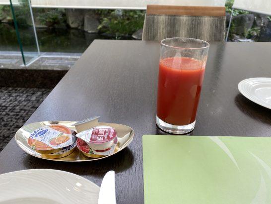 ウェスティンホテル大阪の朝食のとmとジュース