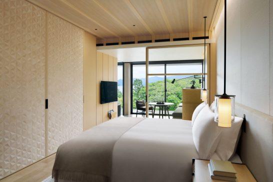 ザ・リッツ・カールトン日光の中禅寺湖ビューのベッド