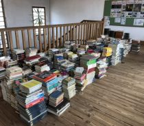 私立高校図書館3500冊を除籍しました