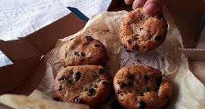 Domino's cookies