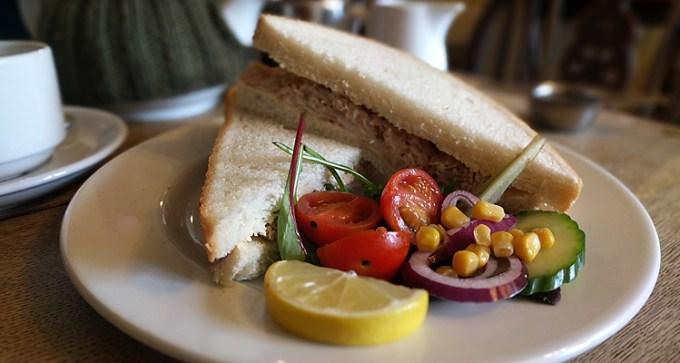 Tuna mayonnaise sandwich