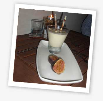 Panna cotta and figs
