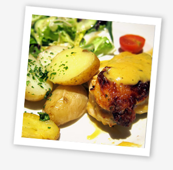 Farm-assured chicken breast smothered in a rich cheddar and Tewkesbury mustard sauce