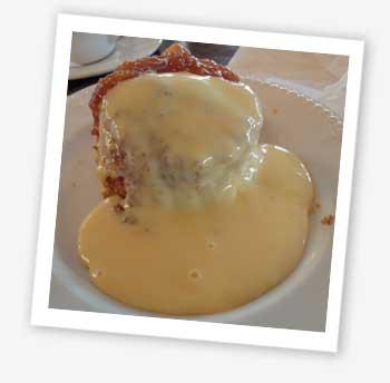 Golden syrup sponge pudding