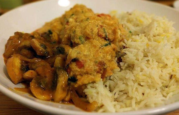 Moglai chicken with mushroom bhaji