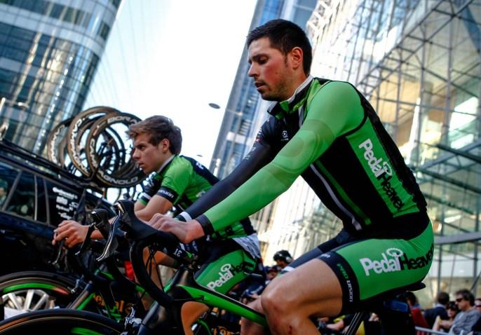 Pedal Heavens Alex Payton warming up. Pearl Izumi Tour Series. Round 8 Canary Wharf.