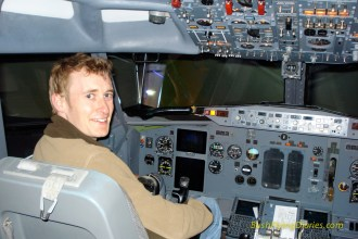 Checking out one of Oxford's 737 sims