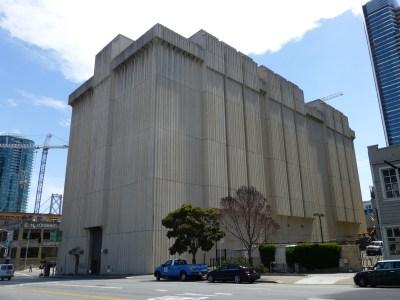 PG&E bulding on Folsom St.