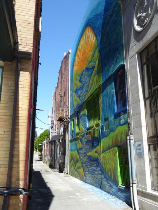 Petaluma alley murals