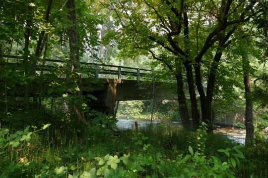Cave Avenue Bridge in Dunsmuir