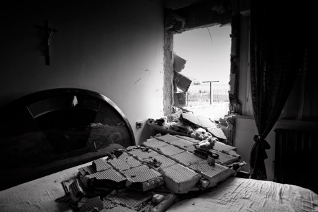 The bedroom in a council house. L'Aquila, Italy 2009. © Matteo Bastianelli
