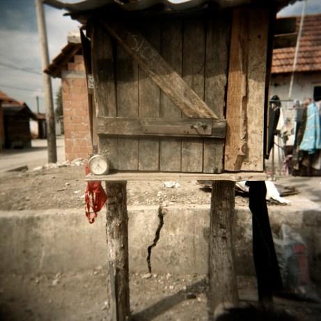 A clock on a small wooden structure. Podturen (Međimurje), Croatia 2009. © Matteo Bastianelli