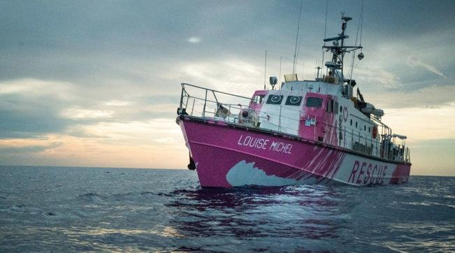 La nave Louise Michel finanziata da Banksy