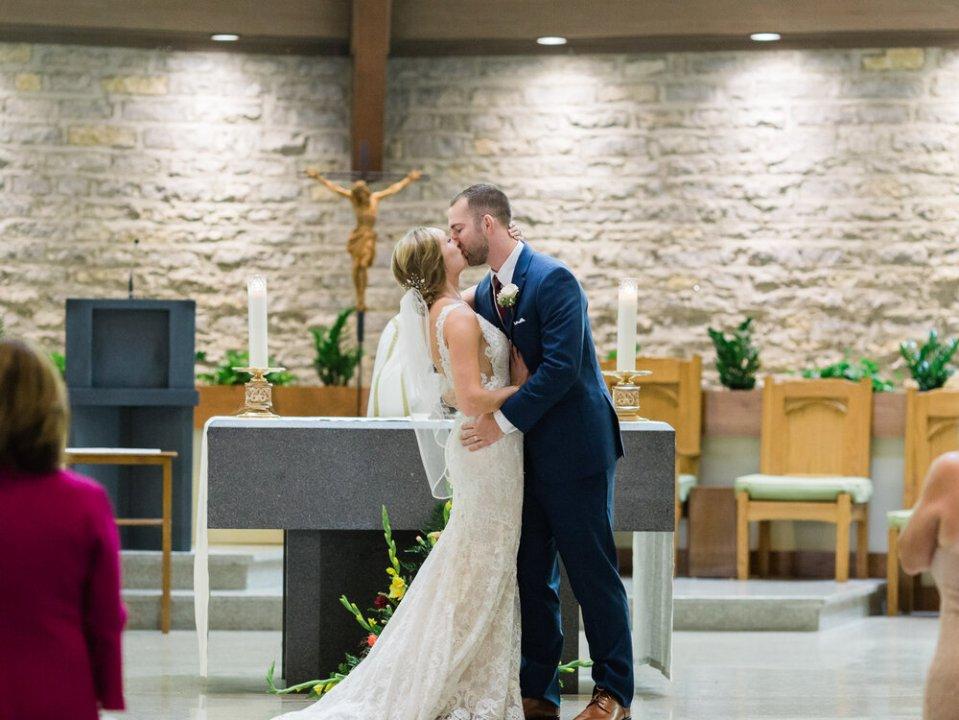 Elegant and Joyful Wedding at Crago Farms in Columbus, Ohio-31.jpg