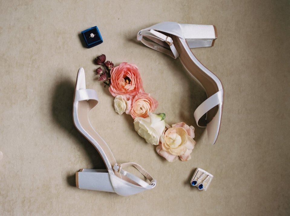 Romantic Tudor Arms Hotel Wedding Photos-99.jpg