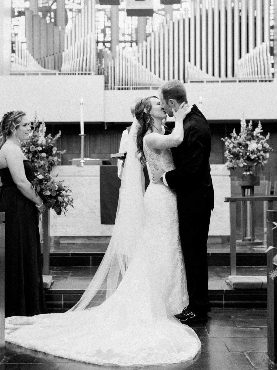 Elegant and Emotional Greystone Hall Wedding in Akron, Ohio-121.jpg