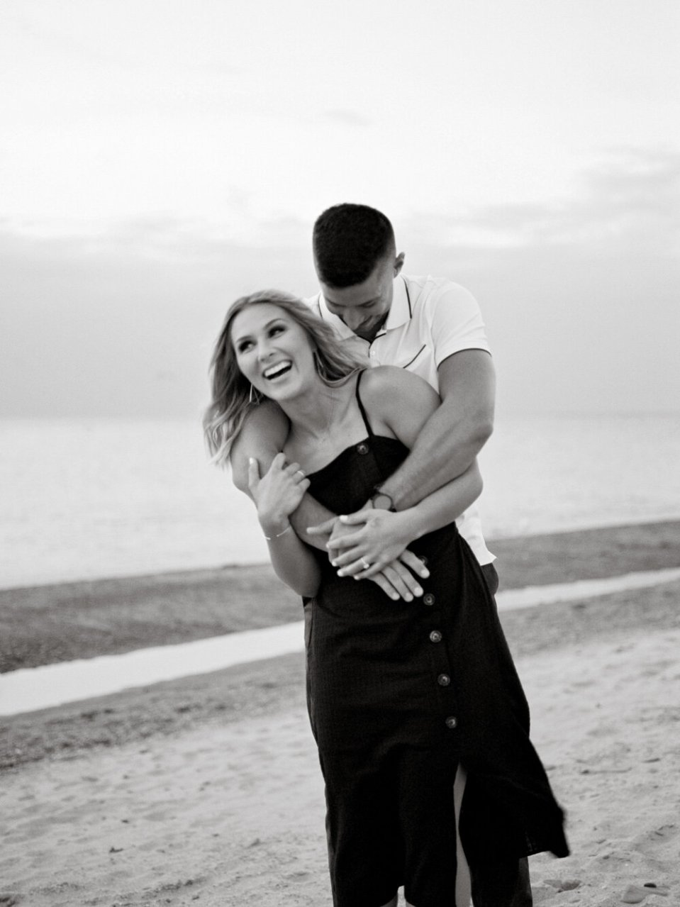 full-romantic-lake-erie-engagement-photos-by-matt-erickson-photography-62.JPG