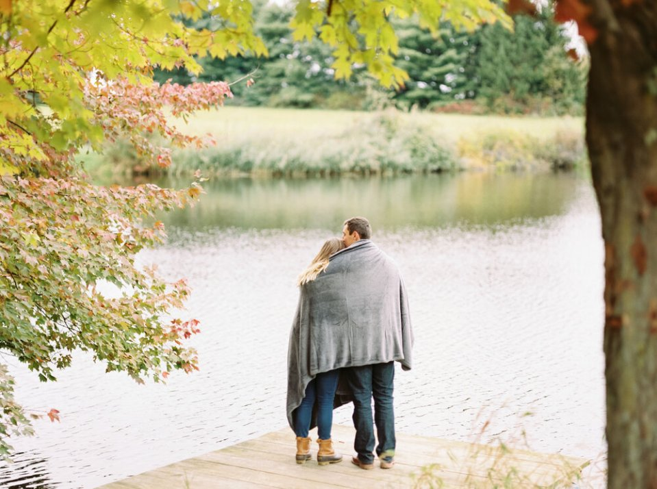 romantic-fall-engagement-photo-ideas-matt-erickson-photography-31.JPG