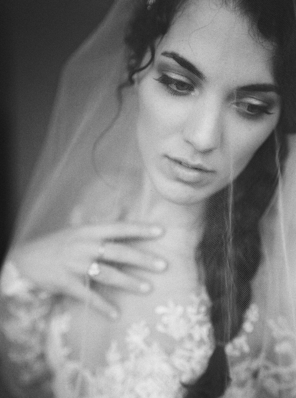 fine-art-cleveland-wedding-editorial-137.jpg