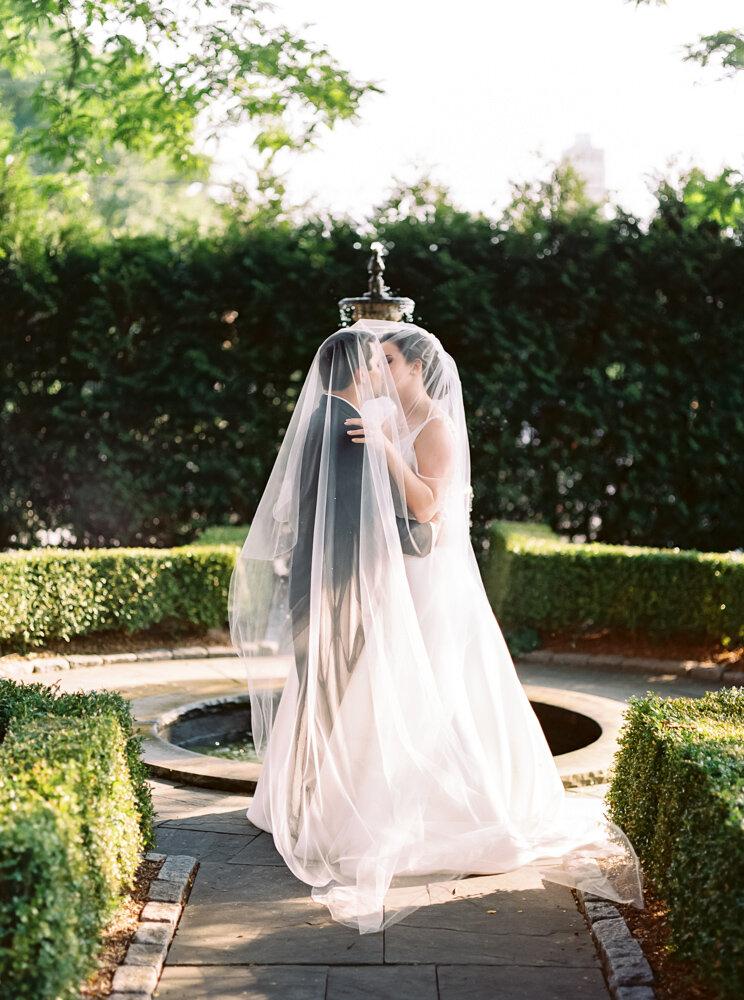 joyful-akron-wedding-photos-by-matt-erickson-photography-328.jpg
