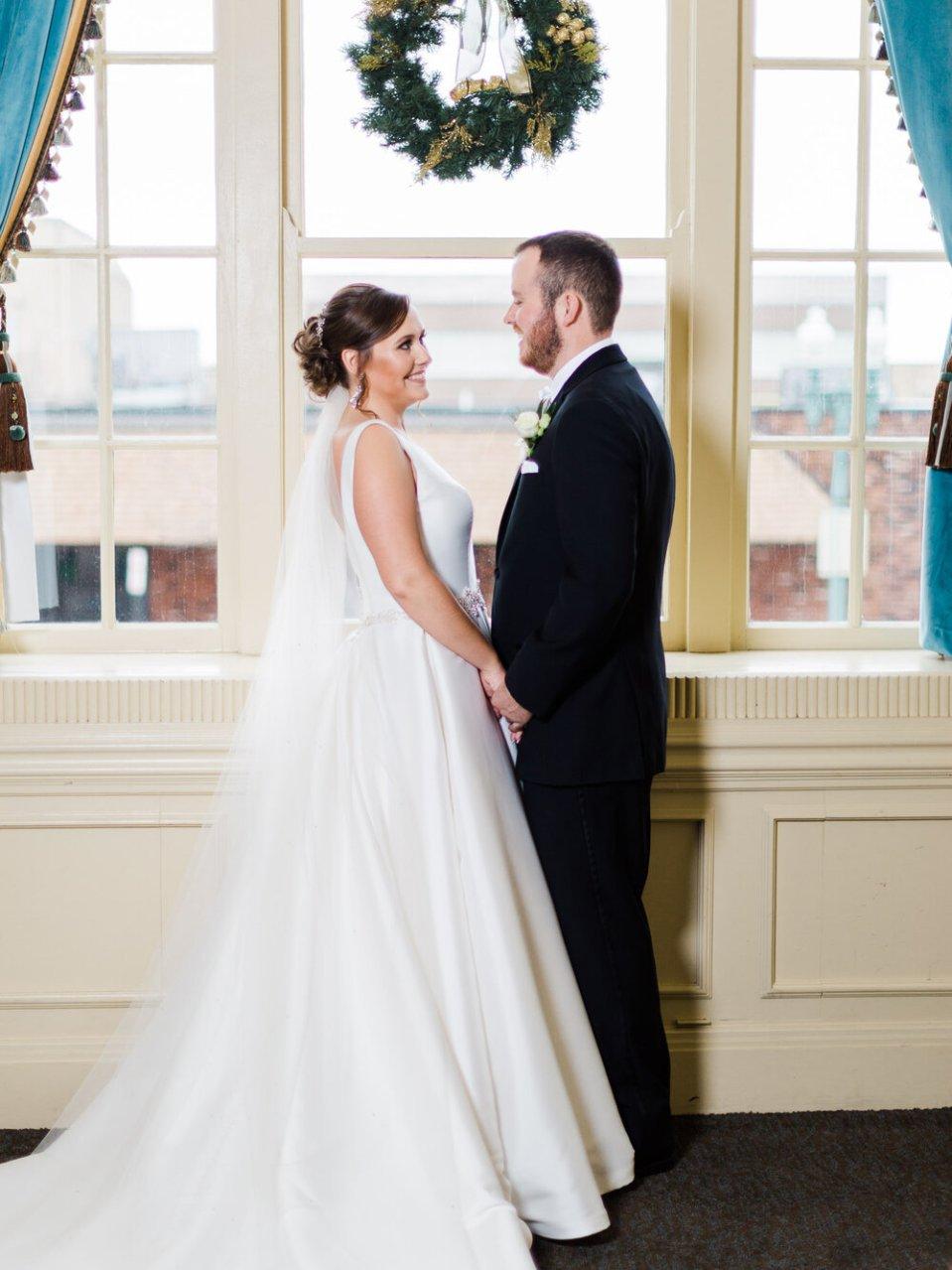 Historic Onesto Event Center Wedding Photos-47.jpg