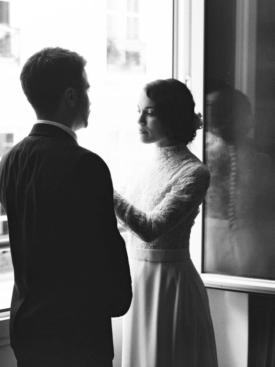 Elope in Paris Fine Art Destination Wedding Photography-10.jpg