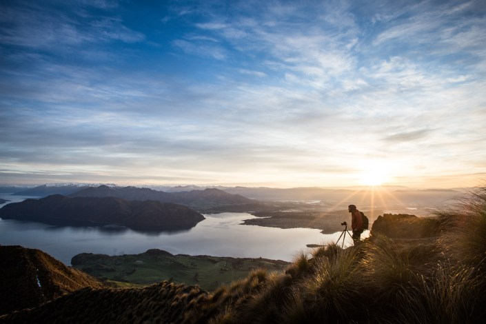Roys-peak-sunrise-new-zealand