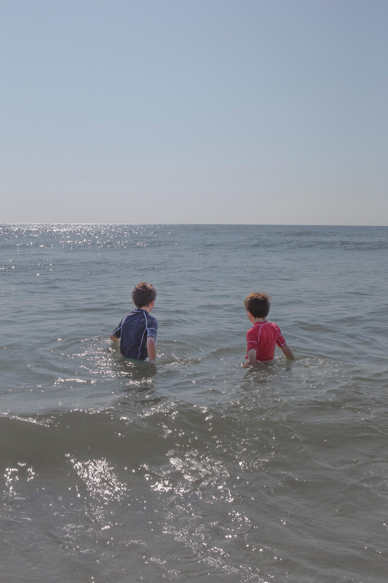 Matthew Swarts, Jonah and Dylan, Long Beach Island, New Jersey, 2012.