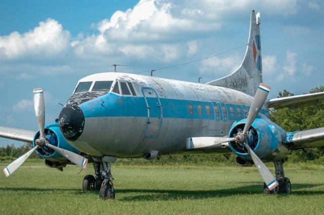 Abandoned Airplane - Pro Air Martin 404 N255S Airplane - Pro Air Martin 404 N255S 1
