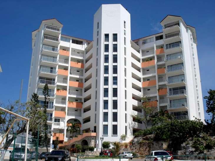 Girasol Hotel in Cancun