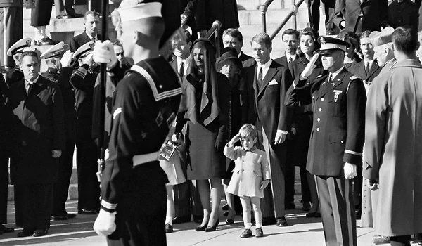 John F. Kennedy Jr. Saluting JFK's coffin, Stan Stearns, 1963, Memorable Photo