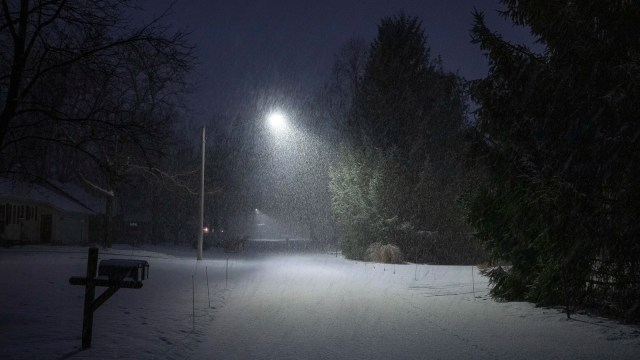 A street in Holland, Michigan covered with snow