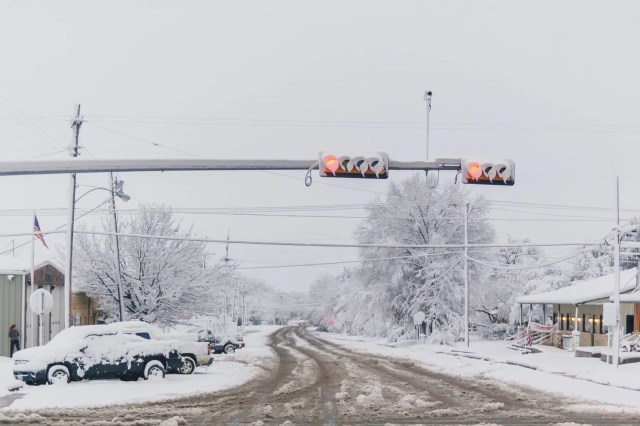 Wills Point main intersection in  Snowmageddon 2010