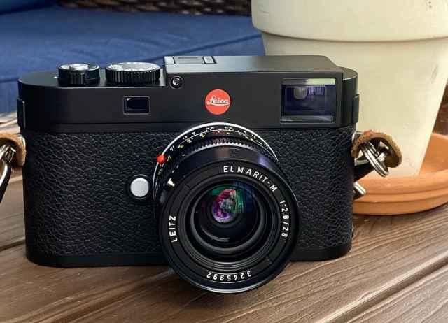 Leica M(Typ 262) with a 28mm Leica Elmarit lens